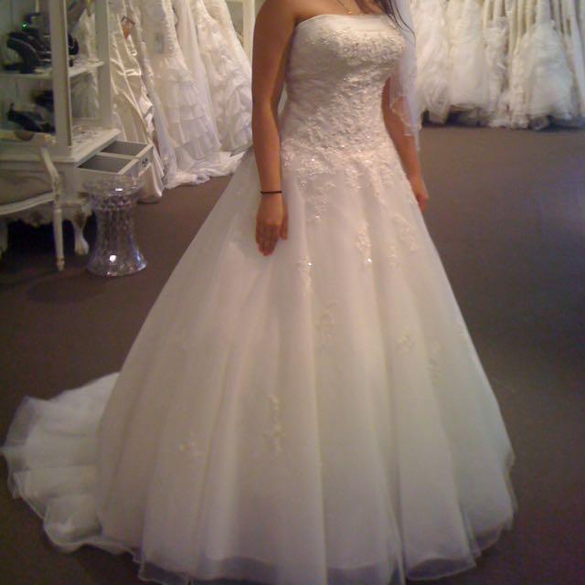 Beautiful Ivory Tuscany Wedding Dress