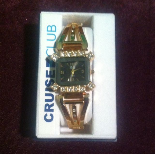 Cruise Club Gold Metal Watch