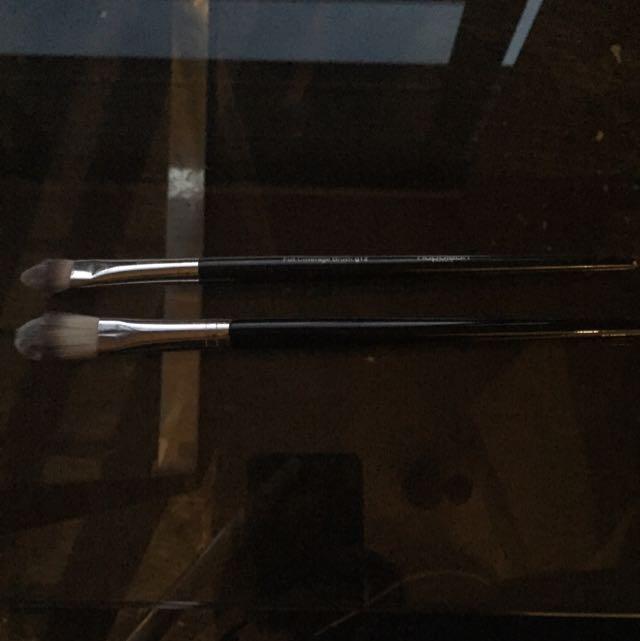 Genuine Napoleon Concealer Brushes