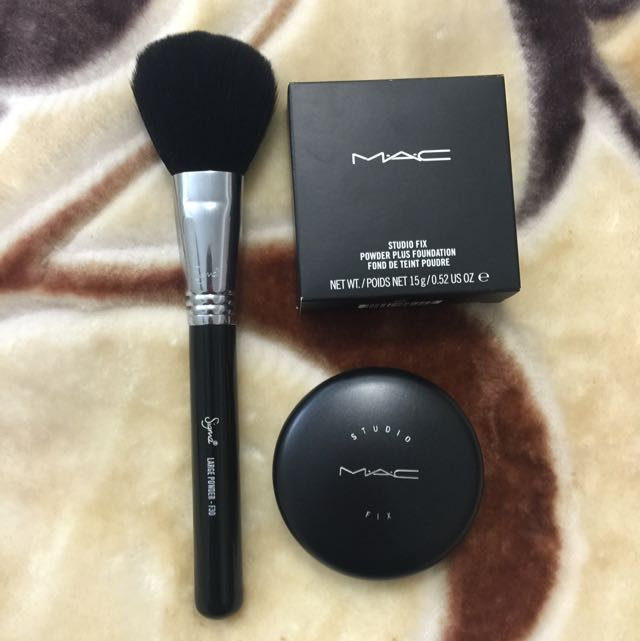 Mac Studio Fix Powder Plus Foundation And Sigma F30