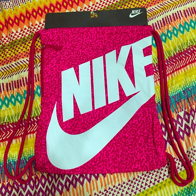 Nike 束口袋背包 🎉