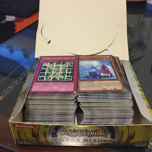 Random Near mint Yugioh cards $5