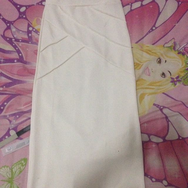 Rok Pensil (fit To Body)