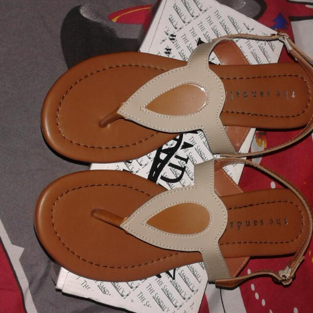 "Sendal ""The Sandals"""