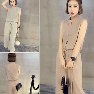 BRAND NEW IN PACKAGING High Quality: Korean Top & Pants Suit.