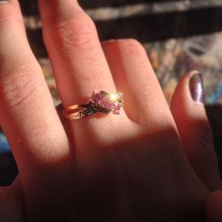 Stunning 9k Gold And Diamond Ring