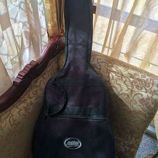 Yamaha C40 Guitar With Case!