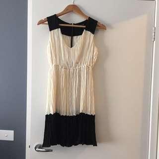 Zara Dress (size 6/8)