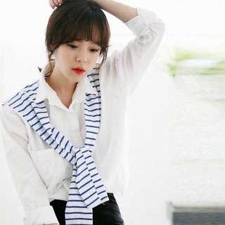白色休閒襯衫