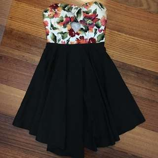 Amazing Floral Strapless Dress