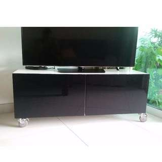 TV bench from Ikea (DELIVERY INCLUDED)