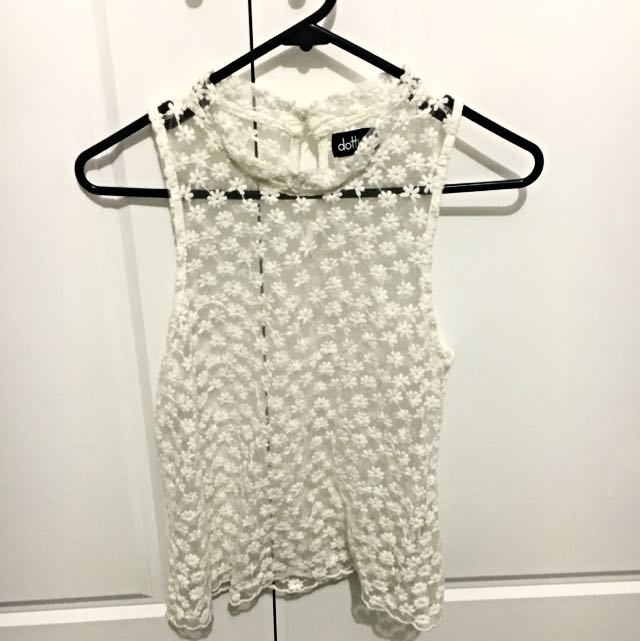 Cute Flower Lace Top. Size XS