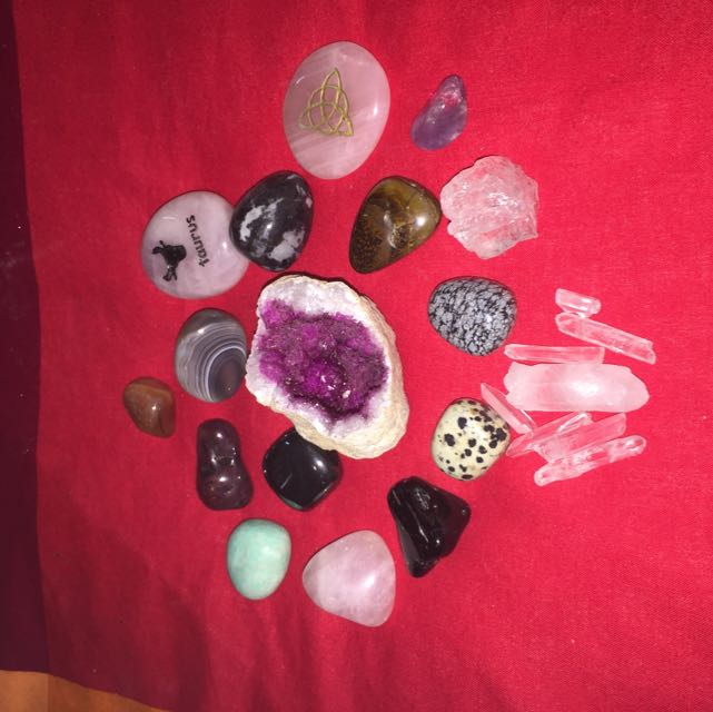 Different Variety Of Healing Crystals