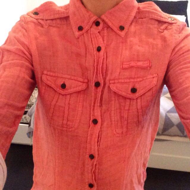 GAP Size S Shirt