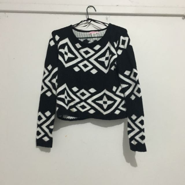 KNITTED CROP AZTEC TOP
