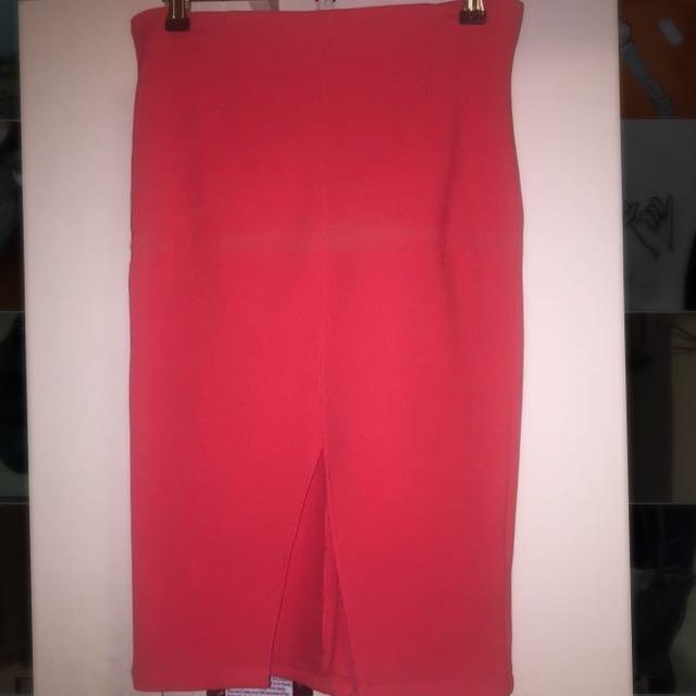 Levora Skirt