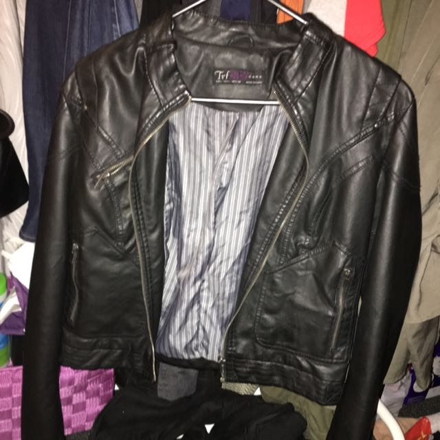 Like New ZARA BLCK Zipper Jacket