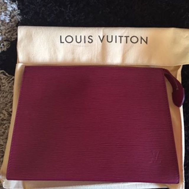 Louis Vuitton Clutch in epi leather