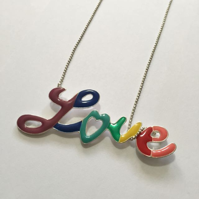 LOVE Necklace From Diva
