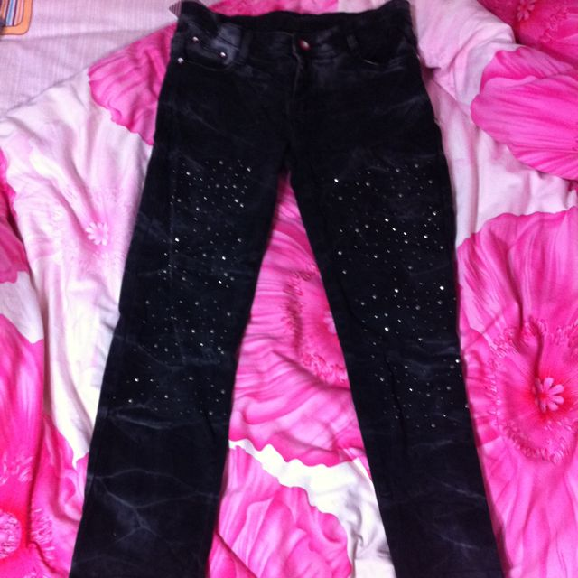Pants with sequins