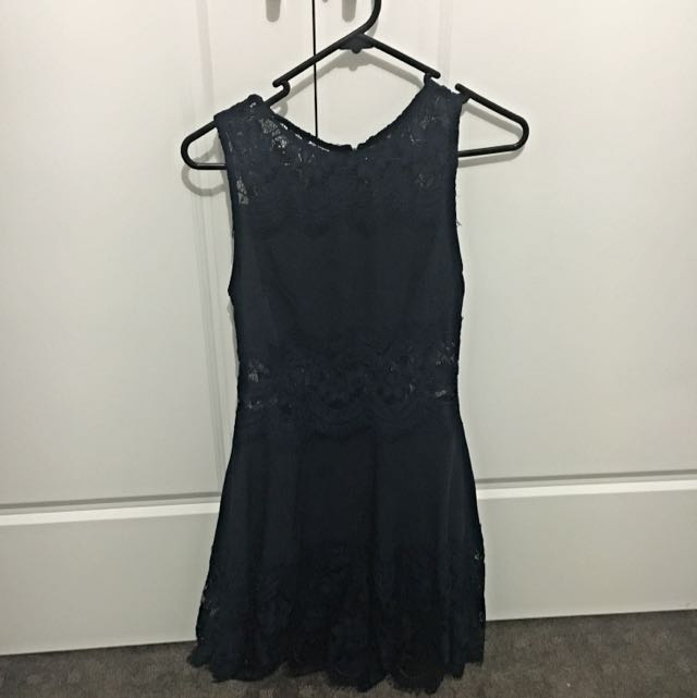 Size 8 Navy Blue Dress. Never Worn