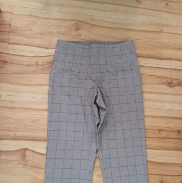 UNIQLO grid Pants