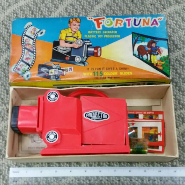 Fortuna Toy Projector