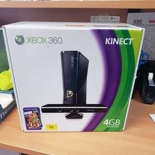 X Box 360 Kinect 4gb With Kinect Adventures Game Included