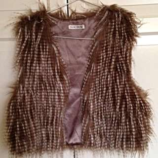 Faux Fur Vest (one size fits all)