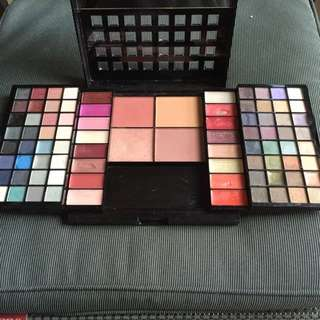 David Jones Makeup Palette
