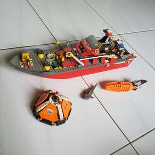 LEGO City Fire Boat 7906