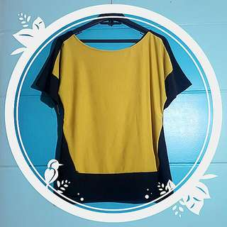 Loose Yellow-Block Top
