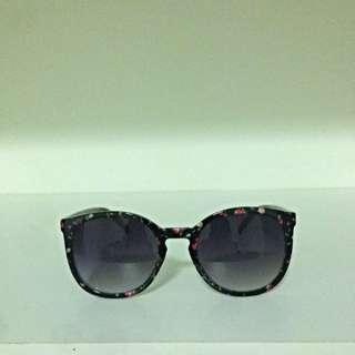 DOTTI Sunglasses