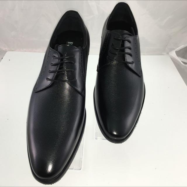小格紋皮革感硬底皮鞋  現貨