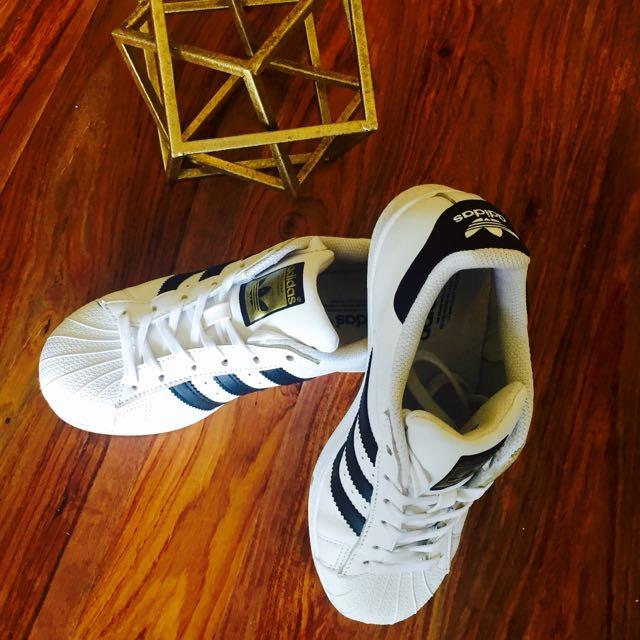 Adidas Superstars Size 5.5 (US 4.5)