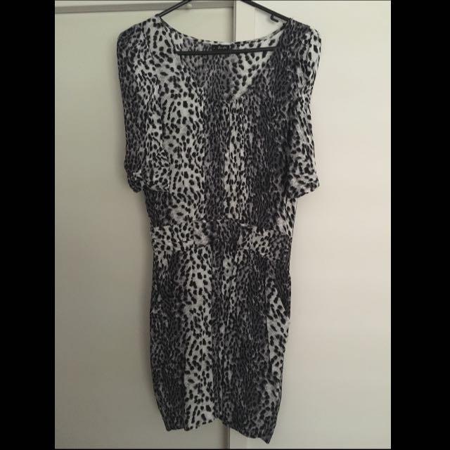 Bardot Dress. Size 8