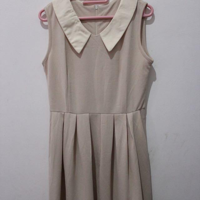 Collar Cream Dress