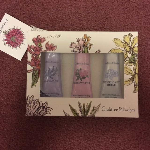 Crabtree And Evelyn Ultra Moisturizing Hand Therapy Set