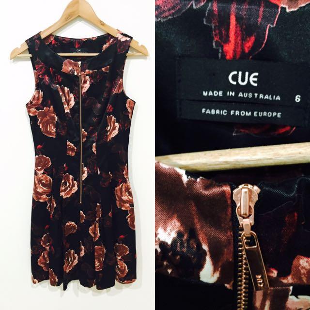 Cue Dress Size 6
