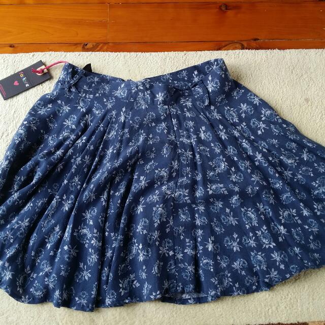 Factorie Skirt Brand New Size Small