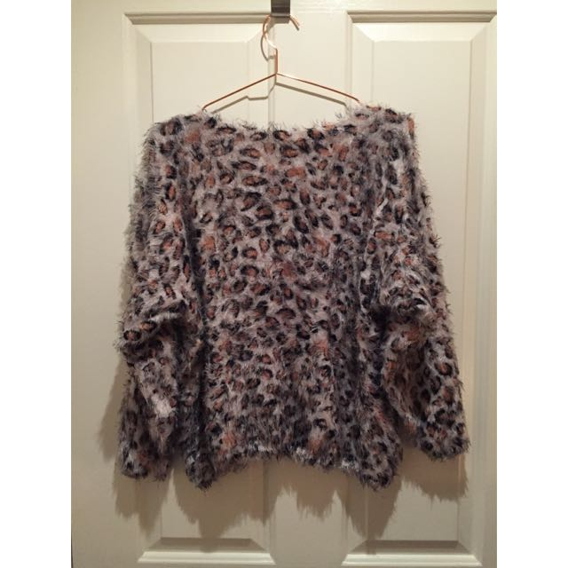 Fluffy Leopard Knit Sweater Top