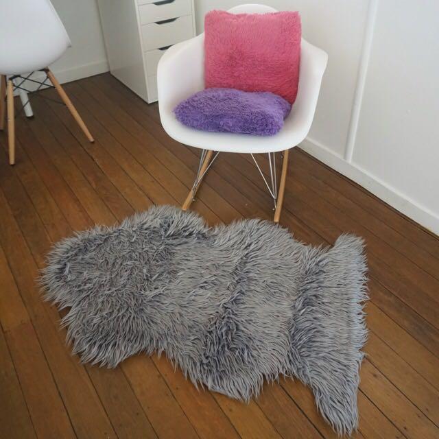 Grey Fluffy Faux Fur Rug