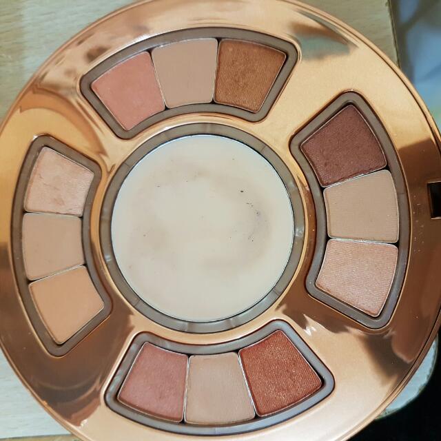 Hissyfit Eyeshadow With Primer