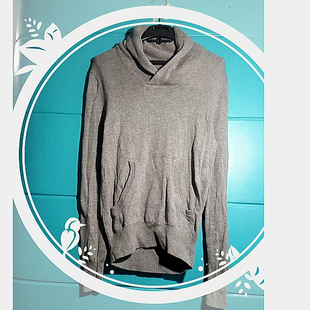 H&M Gray Pullie