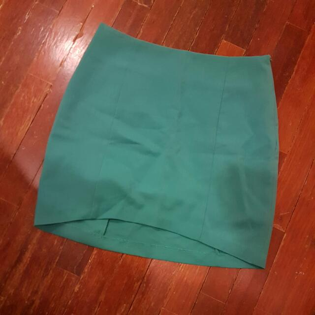 Kitschen Green Skirt