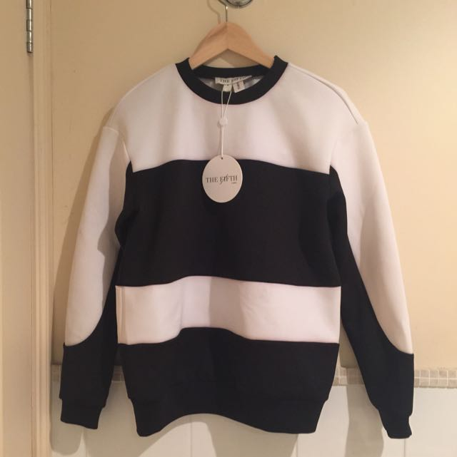 The Fifth Black And White Jumper