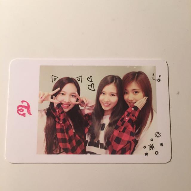 TWICE - Nayeon, Sana, Tzuyu Photocard