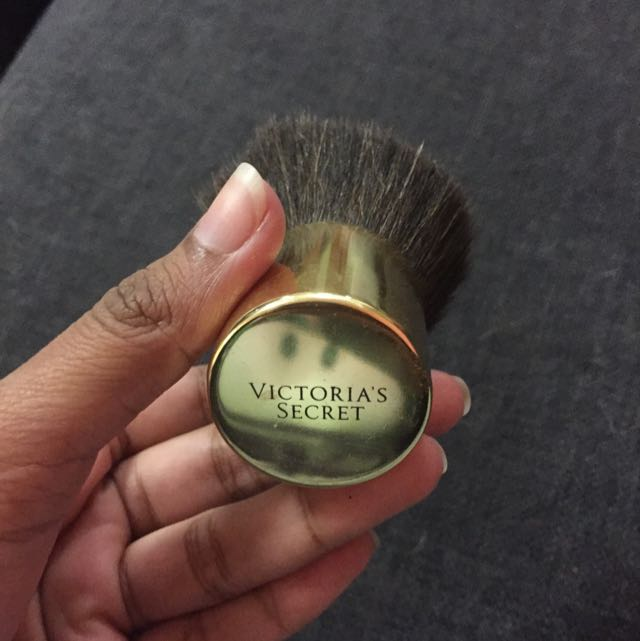Victoria's Secret kabuki Brush