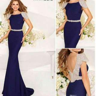 Size 4 Selling In Lavender color And Still In Prefect Condition