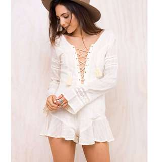 Somedays Lovin Play suit cream lace open back BNWT Size 8